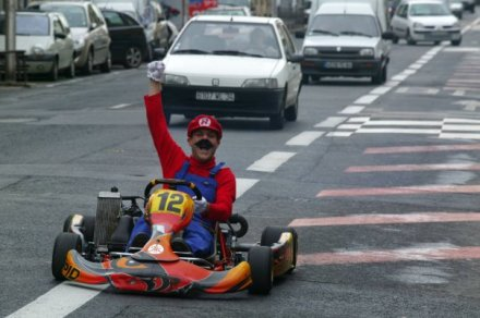 Mario Kart Prankster Brings Karting to the Real Streets
