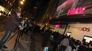 Nintendo 3DS UK Launch Oxford Street HMV (2)