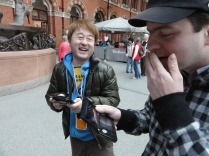Stuart from Nintendo Scene in a Street Fight with Yoshinori Ono - I actually WIN (6)