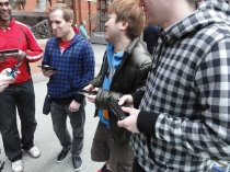 Yoshinori Ono Sharing his me with fans at the London St Pancras 3DS StreetPass Event (2)