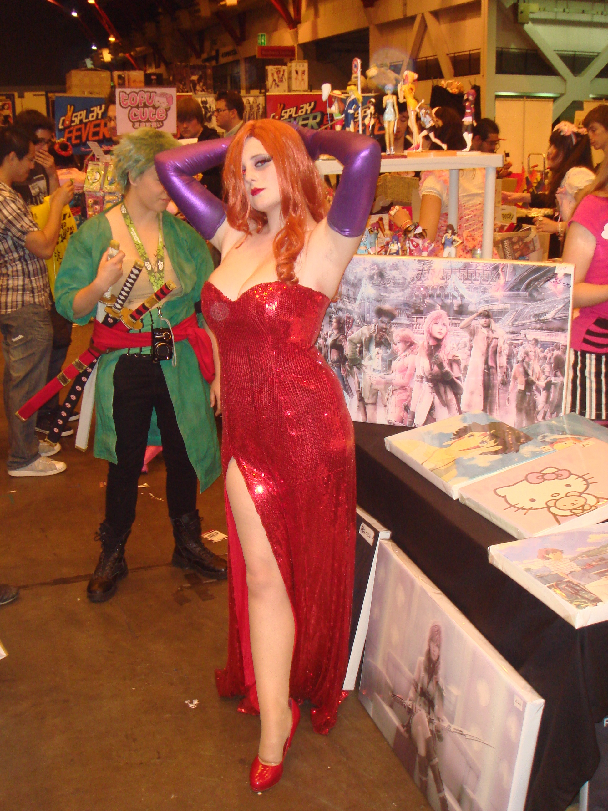 Jessica Rabbit 3D http://nintendoscene.com/2011/07/10/london-film-and-comic-con-2011-legend-of-zelda-skyward-sword-resident-evil-revelations-and-star-fox-63-3d-playable-demo-reports/cosplay-jessica-rabbit-lfcc-09-jul-11-4/