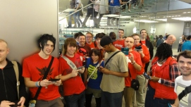 Nintendo Scene - Mass London 3DS StreetPass FlashMob - Apple Store Regent Street 090711 (8)