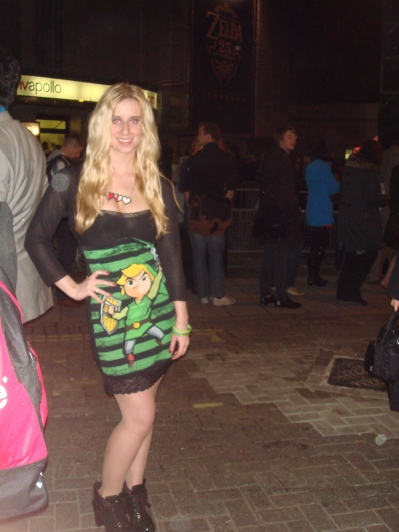 Colette looks stunning in her Link dress